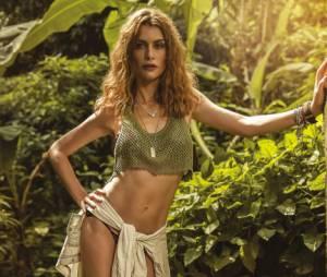 """Estrela de """"Além do Tempo"""", Alinne Moraes surge sensual em ensaio para a revista Boa Forma"""