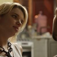 """Novela """"A Regra do Jogo"""": Juliano (Cauã Reymond) e Belisa discutem a relação após começar namoro"""