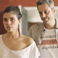 """Novela """"A Regra do Jogo"""": Romero (Alexandre Nero) foge da prisão e sequestra Tóia!"""