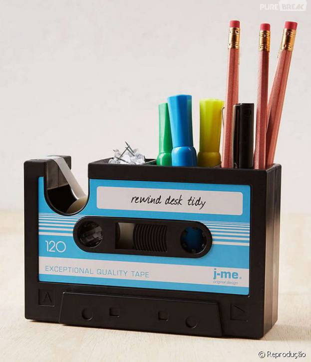Que tal deixar sua mesa mais organizada? Veja utensílios divertidos para decorar sua casa!
