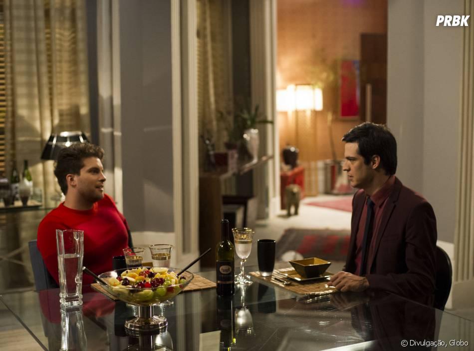 """O ator Thiago Fragoso revela que está preparado para o beijo gay de Niko e Félix (Mateus Solano) em """"Amor à Vida"""""""