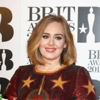 """BRIT Awards 2016: Adele, do hit """"Hello"""", ganha 4 premios e emociona fãs. Veja a lista de vencedores!"""