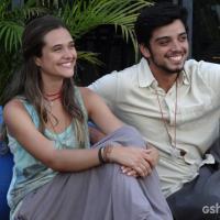 """Em """"Além do Horizonte"""": Lili e Marlon se aproximam e rola clima!"""