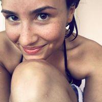 Demi Lovato viciada em Snapchat? Confira uma série de fotos que provam que a gata ama o aplicativo!