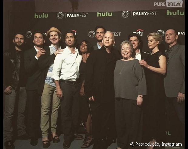 """Em """"American Horror Story"""": Ryan Murphy convida elenco e fala sobre nova fase da série!"""
