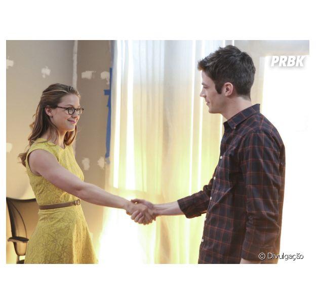 """Em """"The Flash"""" e """"Supergirl"""": amizade de Kara (Melissa Benoist) e Barry (Grant Gustin) anima produtor, que cogita união das duas séries com """"Arrow"""" e """"Legends of Tomorrow""""!"""