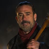 """De """"The Walking Dead"""": Negan (Jeffrey Dean Morgan) deve aparecer em mais duas temporadas!"""