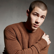 "Nick Jonas e ""Last Year Was Complicated"": saiba tudo sobre o CD e a nova fase do cantor!"