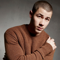 "Nick Jonas e ""Last Year Was Complicated"": saiba tudo sobre o CD e a nova fase do cantor!"