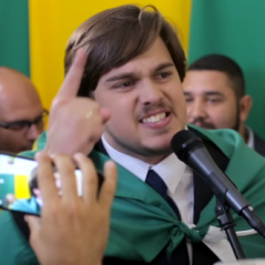 Impeachment de Dilma Rousseff: Parafernalha zoa a votação da Câmara em vídeo hilário! Confira