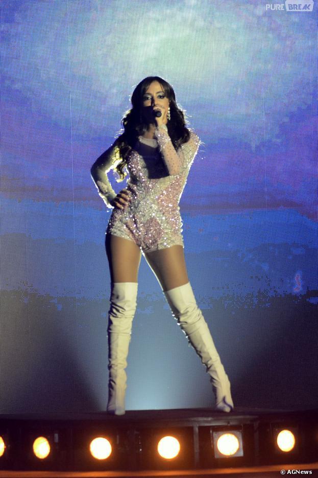 Pre-pa-ra! Anitta em show em São Paulo, a diva vai ficar loira no Carnaval de Salvador
