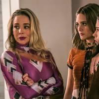 """Final """"Totalmente Demais"""": Juliana Paiva comenta chegada de Suely (Danielle Winits): """"Ela é louca!"""""""