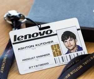 Crachá de Ashton Kutcher divulgado no Twitter da Lenovo