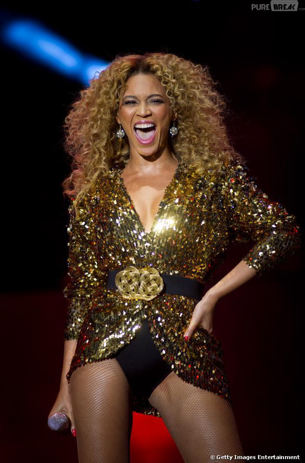 Beyoncé divou em 2013 pelos contratos fechados, show do Super Bowl e pela sua filha, Blue Ivy, que virou o novo xodó do showbiz