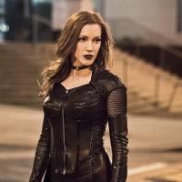 """Em """"The Flash"""": na 2ª temporada, Canário Negro (Katie Cassidy) ganha Doppelgänger do mal!"""