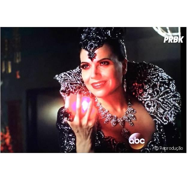 """Em """"Once Upon A Time"""", a Rainha Má (Lana Parrilla) está de volta!"""