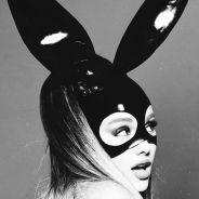"""Ariana Grande no topo! Álbum """"Dangerous Woman"""" é o mais vendido da semana em todo o mundo"""