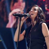 "Do ""The Voice US"": Christina Grimmie é assassinada e Adam Levine faz desabafo emocionado"