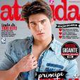 Nicolas Prattes tem feito bastante sucesso e estampa várias capas de revista