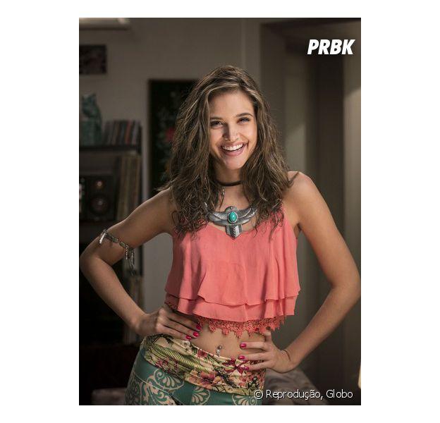 """Em """"Totalmente Demais"""", Juliana Paiva, a Cassandra, comemora sucesso do spin-off"""