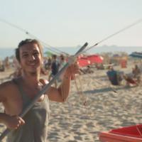 """HitBreak: """"Happy"""" de Pharrell Williams ganha vídeo carioca! Veja outras versões"""