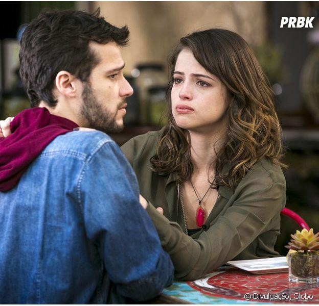 """Em """"Haja Coração"""", Camila (Agatha Moreira) se declara para Giovanni (Jayme Matarazzo) após término"""
