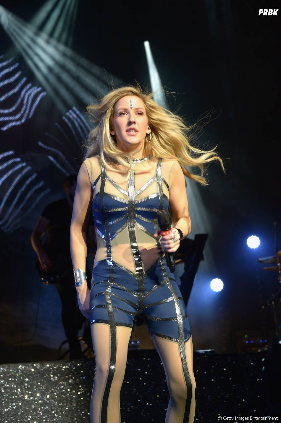 "No Lollapalooza, Ellie Goulding cantará seus sucessos ""Burn"" e ""Lights"""