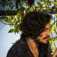 """Em """"Velho Chico"""", Miguel (Gabriel Leone) está apaixonado por Olívia (Giullia Buscacio)"""