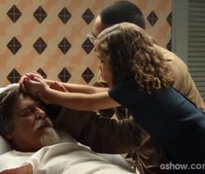 """Em """"Joia Rara"""", Ernest (José de Abreu) morrerá ao lado de Pérola (Mel Maia)"""