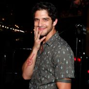 """Tyler Posey, de """"Teen Wolf"""", diz que é gay no Snapchat e internet vai à loucura!"""