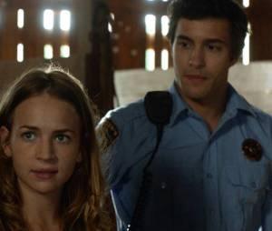 """Em """"Under the Dome"""", como será que ficará o relacionamento de Angie (Britt Robertson) e Junior (Alexander Koch)?"""