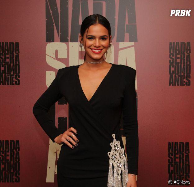 """Bruna Marquezine, de """"Nada Será Como Antes"""", confessa que ficou com medo de não conseguir fazer Beatriz, sua personagem na série"""