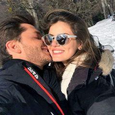 """Klebber Toledo fala sobre namoro com Camila Queiroz: """"Tive receio em como chegar"""""""