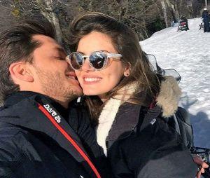 Klebber Toledo fala sobre início de namoro com Camila Queiroz e se diz um cara romântico!