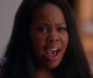 """Em """"Glee"""", Mercedes (Amber Riley) canta """"I'll Stand By You"""""""