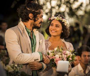 """Em """"Velho Chico"""": Miguel (Gabriel Leone) e Olívia (Giullia Buscacio) recebem visita no dia do casamento!"""