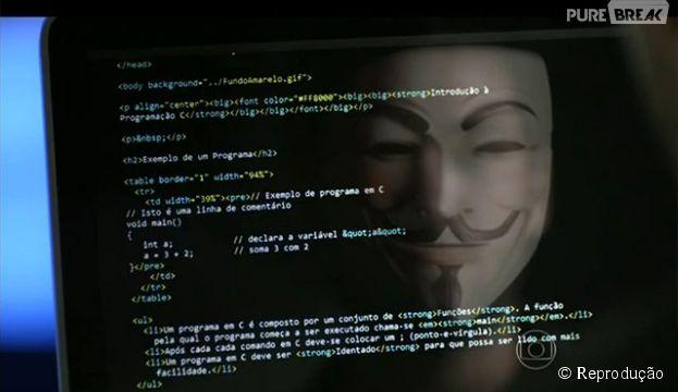 """Huberto Carrão ataca de Anonymous como Davi de """"Geração Brasil"""""""