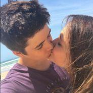 """Larissa Manoela e João Guilherme Ávila se beijam em set de filmagens de """"Fala Sério, Mãe""""!"""