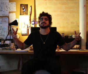 Caio Castro virou youtuber! Assista ao primeiro vídeo do ator da Globo