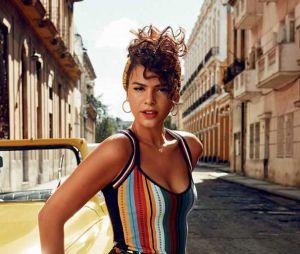 Bruna Marquezine passeia por Barcelona após show de Justin Bieber