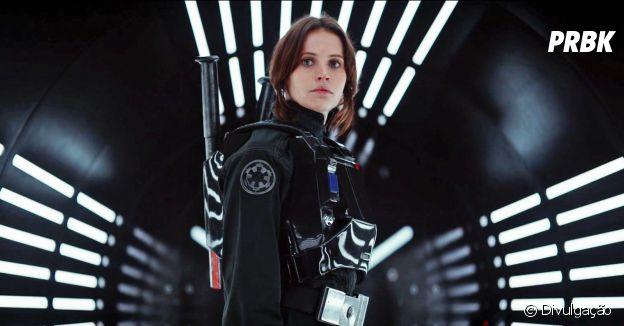 """Felicity Jones interpreta a protagonista Jyn Erso em """"Rogue One - Uma História Star Wars"""""""