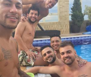 Neymar exibe corpo sarado no Instagram e fãs torcem por relacionamento com Bruna Marquezine
