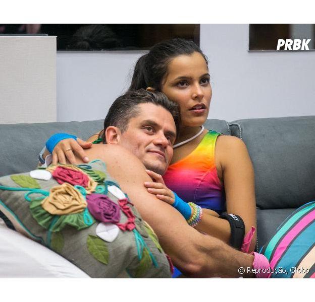 """Do """"BB17': Emilly não quer mais falar com Marcos"""