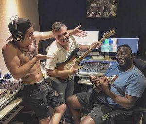 Biel entra em estúdio para gravar música nova