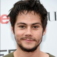 """Dylan O'Brien, de """"Teen Wolf"""", tem nude vazada em redes sociais e fãs surtam!"""