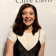 """Lorde divulga novo single """"Liability"""" e lança pré-venda de seu novo álbum """"Melodrama"""""""