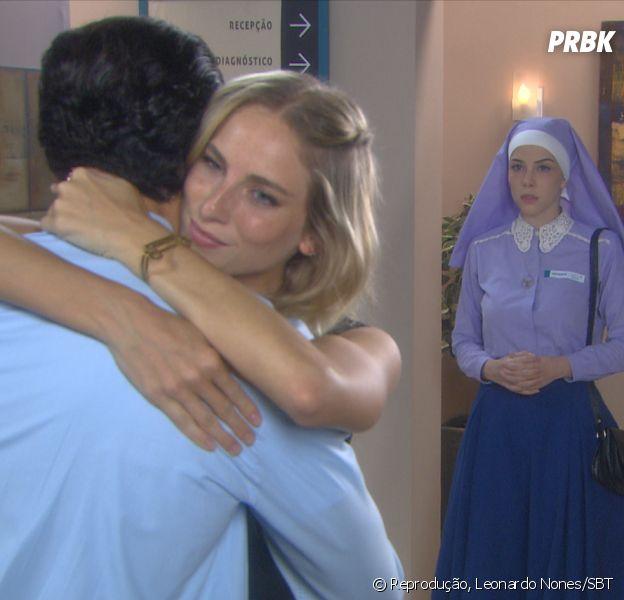 """Novela """"Carinha de Anjo"""": Gustavo e Nicole se abraçam eCecília (Bia Arantes) vê tudo!"""