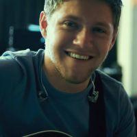 """Niall Horan, do One Direction, lança lyric video de """"Slow Hands"""", seu novo single!"""