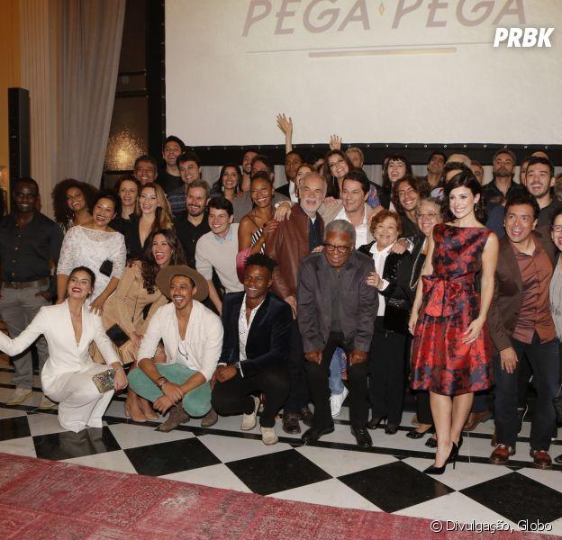 """Confira o que rolou na coletiva de """"Pega Pega"""", próxima novela das 19h da Globo!"""