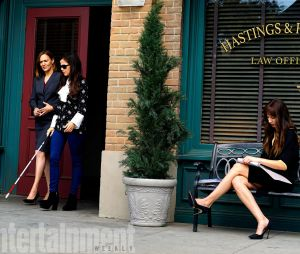 """Jenna Marshall (Tammin Sursok) aparece nas fotos de gravação do último episódio de """"Pretty Little Liars"""""""